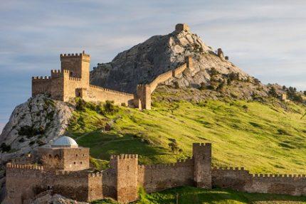 Достопримечательности Крыма: что туристы посещают наиболее часто?